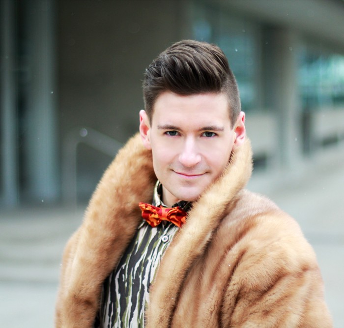 cool bow tie and vintage fur